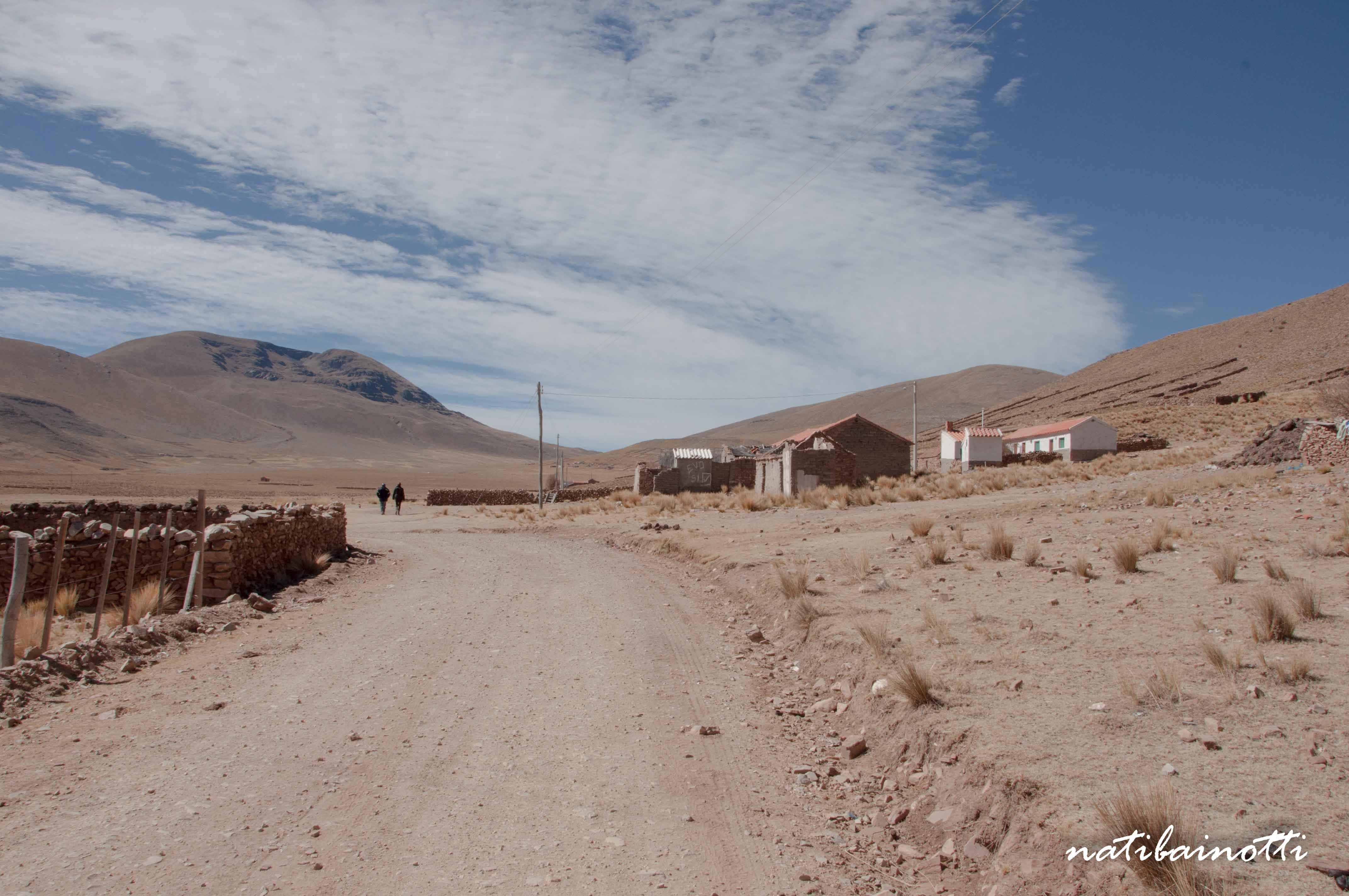 Caminos de tierra en Pujzara.