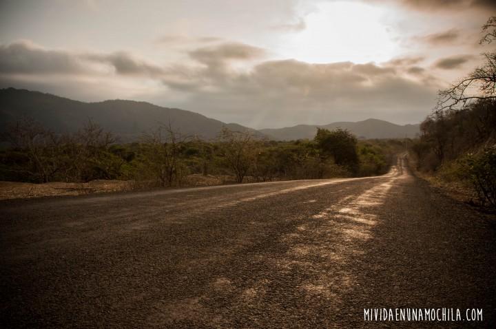 camino agua blanca ecuador