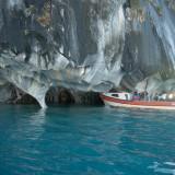lancha cuevas de marmol carretera austral
