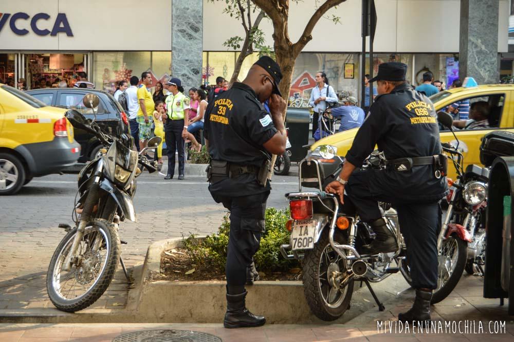 policías guayaquil