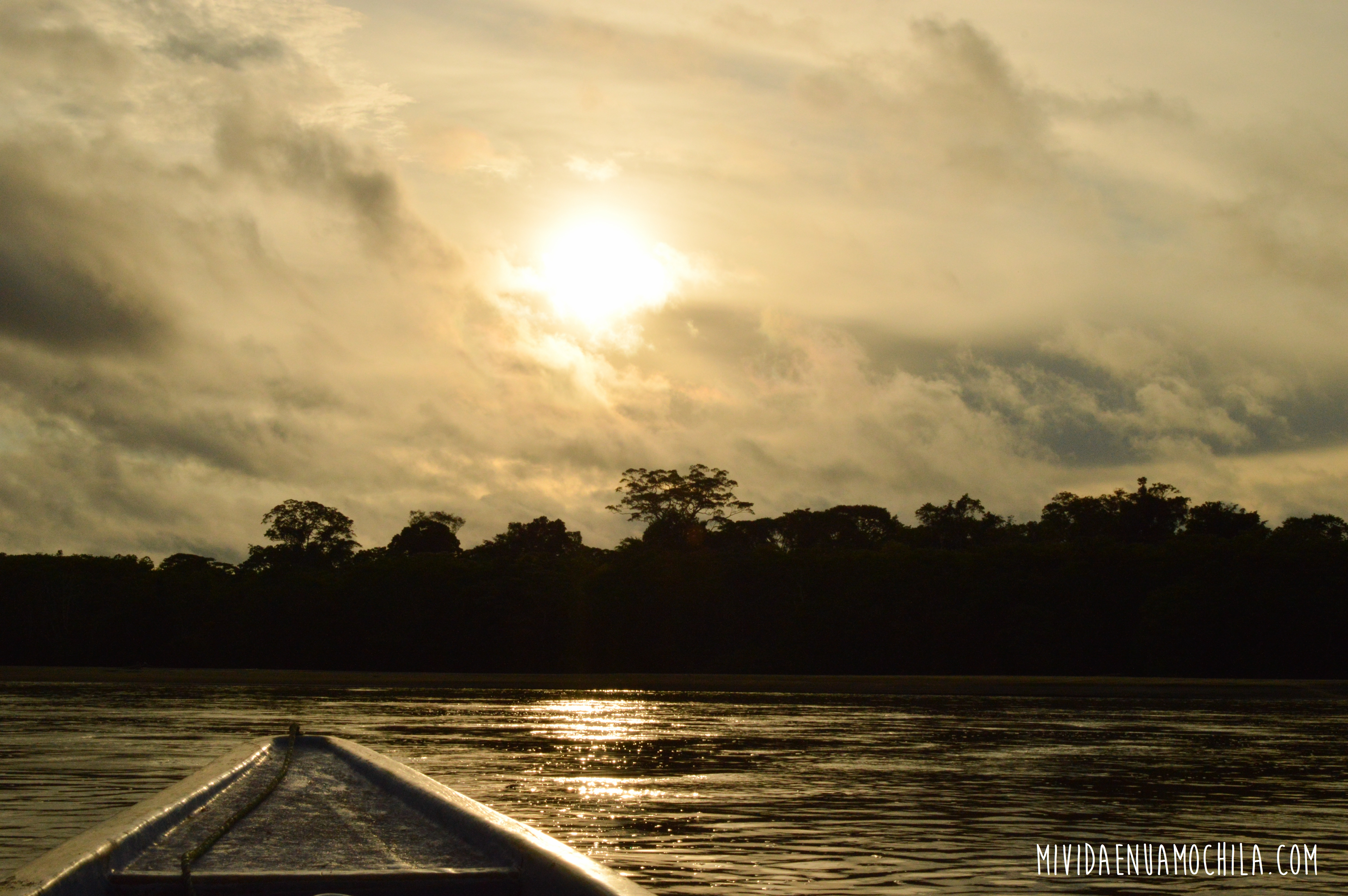 río lancha cuyabeno